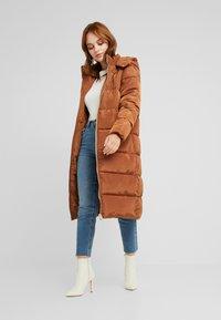 Glamorous Petite - Winter coat - nut brown - 1