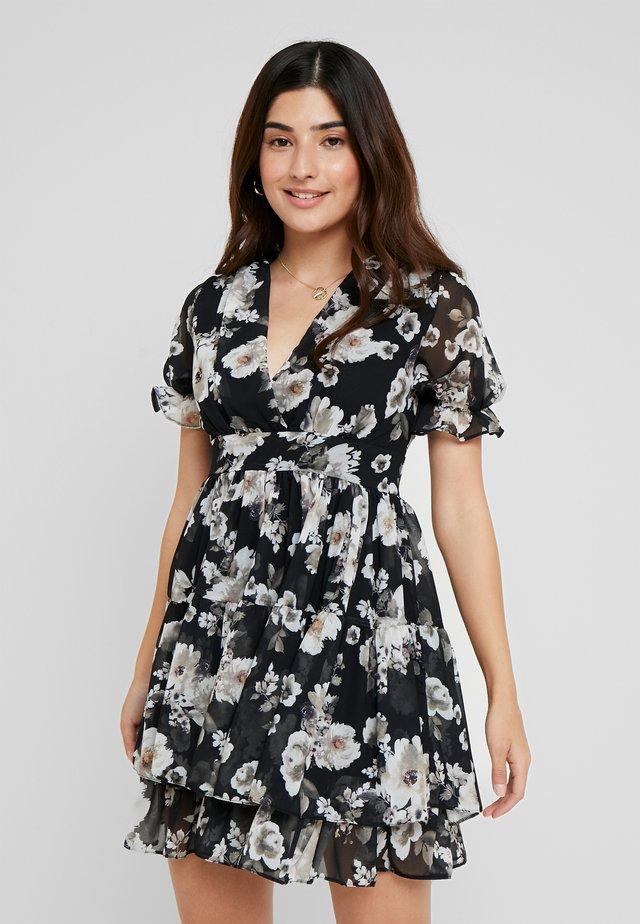 WINRY MINI - Denní šaty - black/white