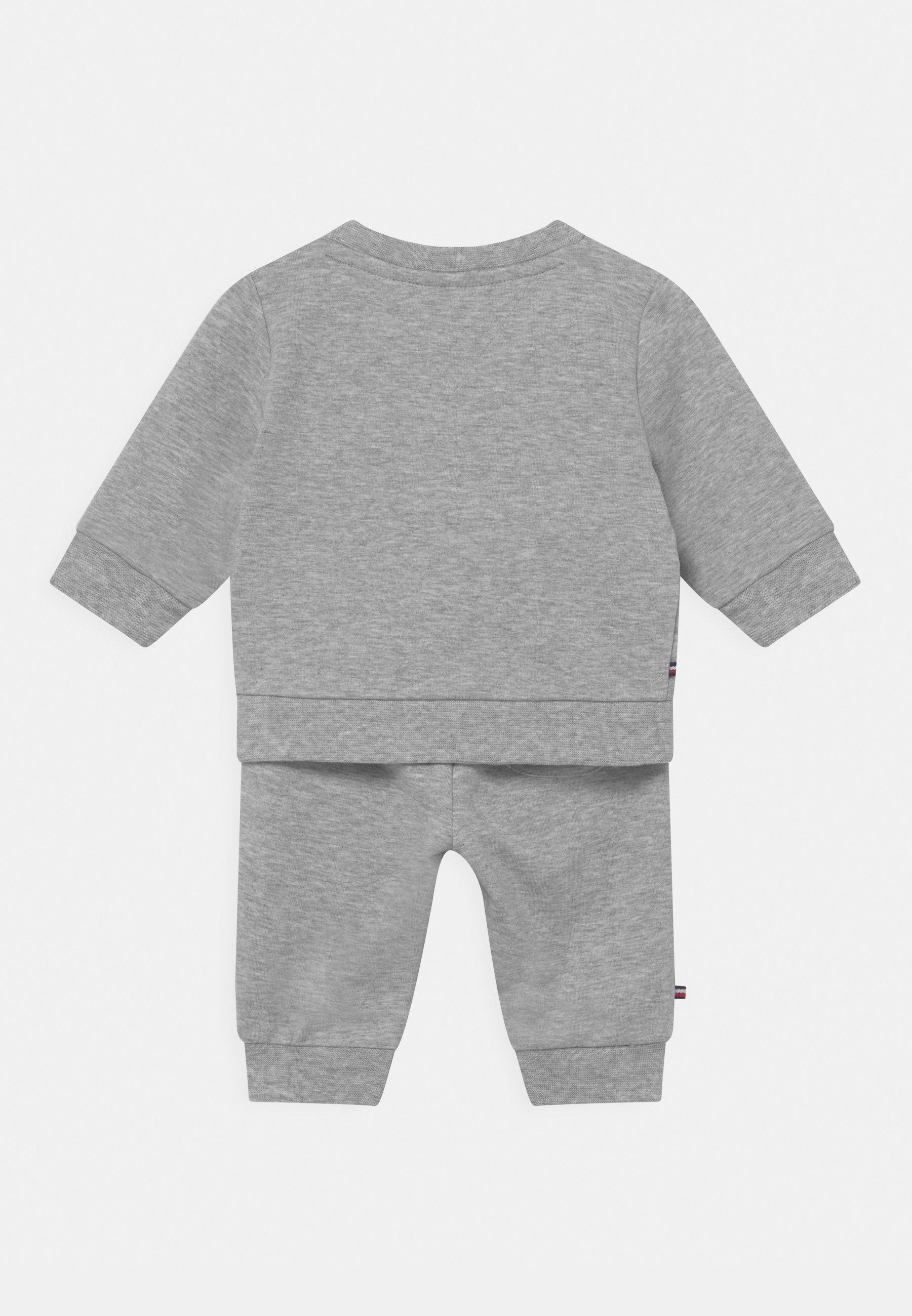 Kids BABY ESSENTIAL CREWSUIT SET UNISEX - Tracksuit