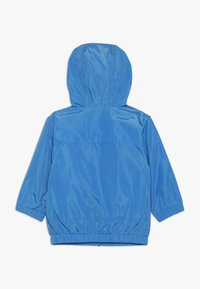 BOSS Kidswear - HOODED WINDBREAKER - Light jacket - vague - 1