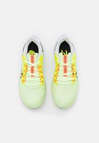 Nike Performance - AIR ZOOM PEGASUS 38 - Neutrala löparskor - barely volt/black/volt/photon dust/iris whisper/hyper orange - 3