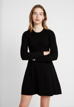 ONLALMA O NECK DRESS - Sukienka dzianinowa - black