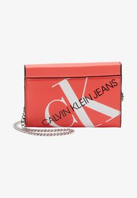 Calvin Klein Jeans - CHAIN CARDCASE - Wallet - orange - 1