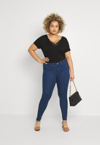 Anna Field Curvy - T-shirt basique - black - 1