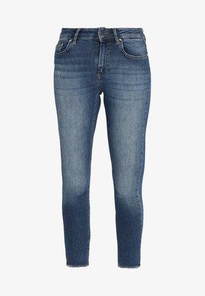 ONLBLUSH MID ANKLE RAW - Skinny džíny - dark blue denim