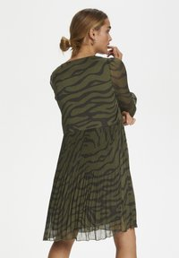 Denim Hunter - Day dress - black zebra print - 2