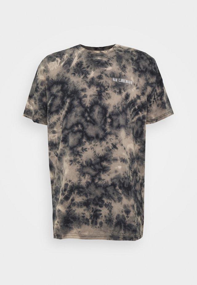 CASUAL TEE - Camiseta estampada - black acid