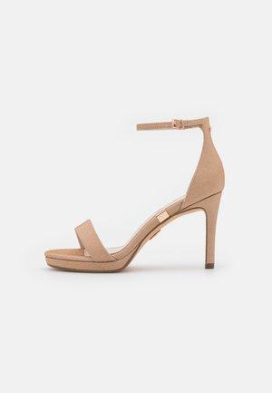 VEGAN MONROE - Sandály na vysokém podpatku - copper