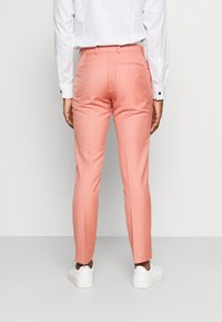 Isaac Dewhirst - THE FASHION SUIT NOTCH - Suit - coral - 5