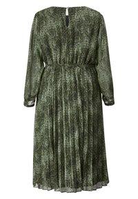 Sara Lindholm by HAPPYsize - Day dress - grün,schwarz - 3
