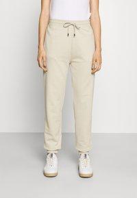 HUGO - DICHIBI REDLABEL - Pantaloni sportivi - light beige - 0