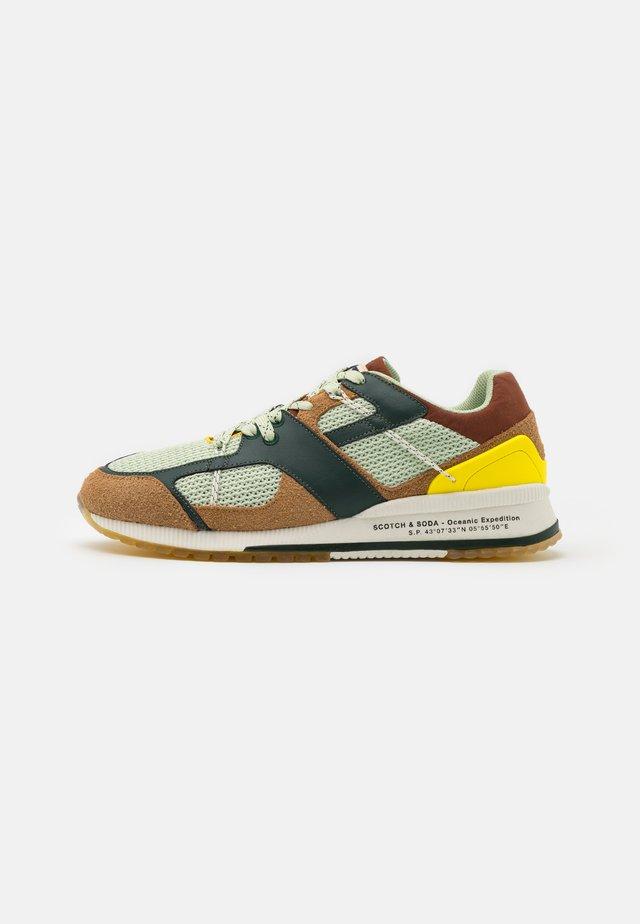 VIVEX - Sneakers laag - green/beige