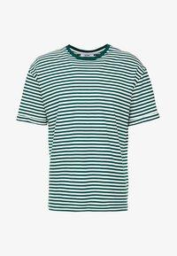 KIOMI - T-shirts print - white/dark green - 3