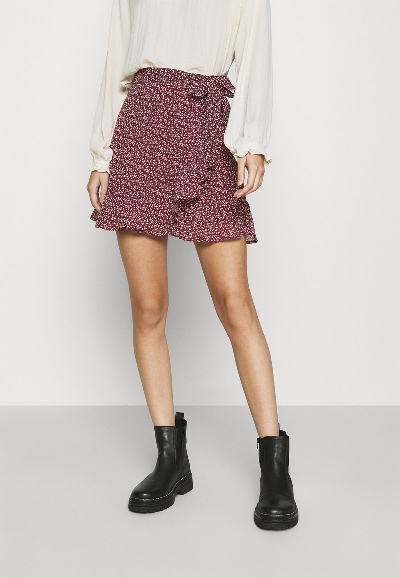 Hollister Co. - SOFT FLIRTY DAY TO NIGHT - Wrap skirt - burg