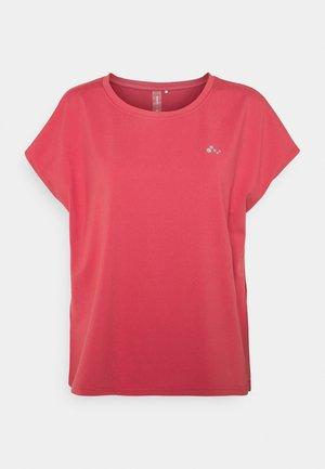 ONPAUBREE LOOSE TRAINING  OPUS - Basic T-shirt - holly berry
