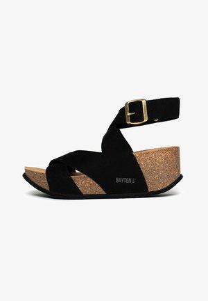 MURCIA - Sandały na koturnie - black