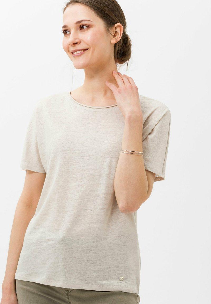 BRAX - STYLE CAELEN - T-shirt basique - beach