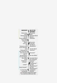 Sante - REFRESHING SOLID FACIAL WASH ORGANIC ALOE VERA & CHIA SEEDS - Ansiktsskrubb - - - 5