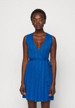ABITO SENZA MANICHE - Jumper dress - blue