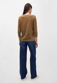 ARMEDANGELS - Long sleeved top - golden khaki - 2