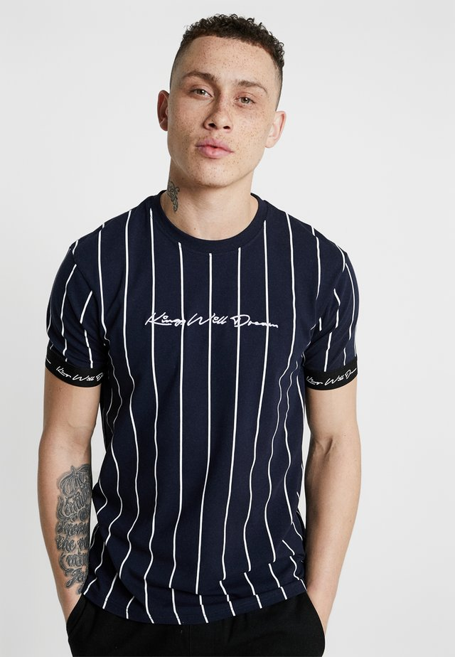 CLIFTON - T-shirt med print - navy/white