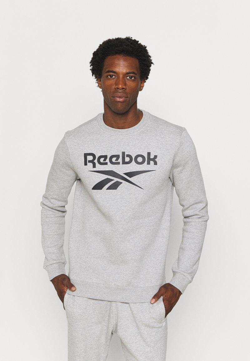 Reebok - IDENTITY CREW GRAPHIC - Sweatshirt - medium grey heather/black