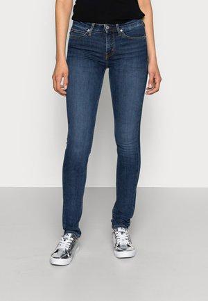 CKJ 011 MID RISE SKINNY  - Jeans Skinny Fit - amsterdam blue mid