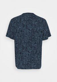 Only & Sons - ONSADRIEL LIFE TEE  - Print T-shirt - dress blues - 1