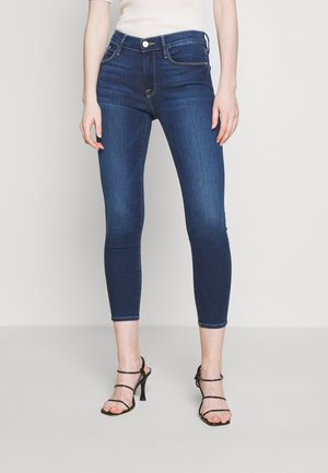 LE SKINNY DE JEANNE CROP - Jeans Skinny Fit - blue denim