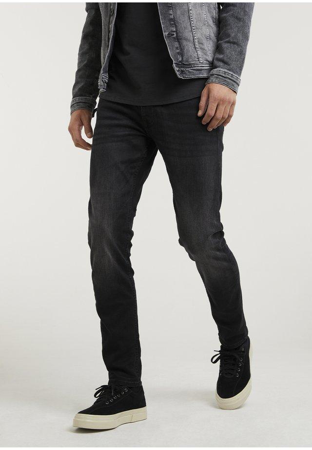 CROWN RIX - Jeans Tapered Fit - black