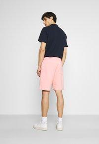 Von Dutch - RILEY - Shorts - peaches cream - 2