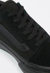 Vans - OLD SKOOL - Zapatillas - black - 5
