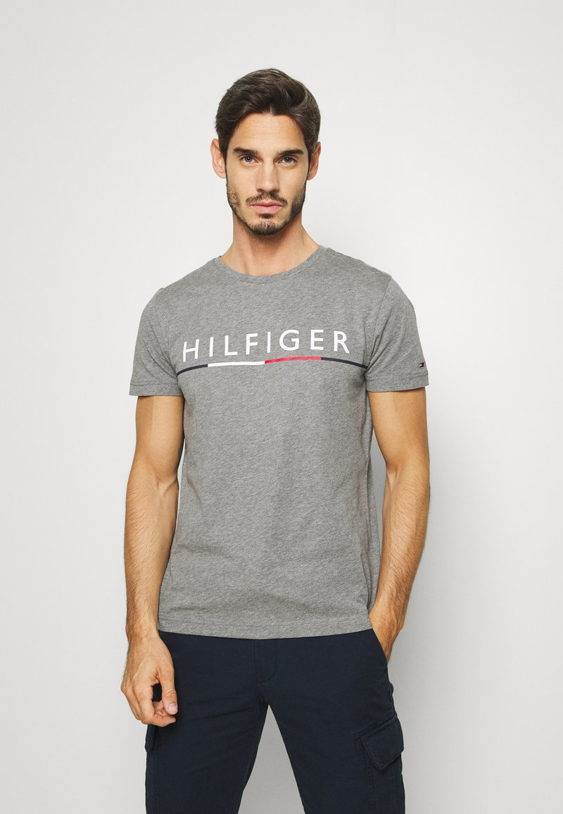 Tommy Hilfiger - GLOBAL STRIPE TEE - T-shirts print - grey
