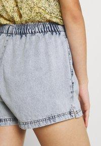 Gina Tricot - EASY - Denim shorts - blue - 3