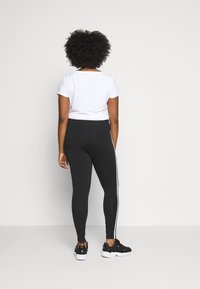 adidas Originals - TIGHT - Leggings - black/white
