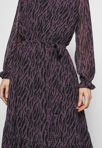 Bruuns Bazaar - GRACE SICI DRESS - Košilové šaty - grace artwork - 6