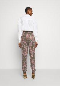 Kaffe - ROKA AMBER PANTS - Trousers - grape leaf - 2