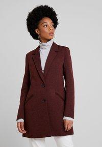 Vero Moda - VMVERODONAJACKIE  - Short coat - madder brown - 0