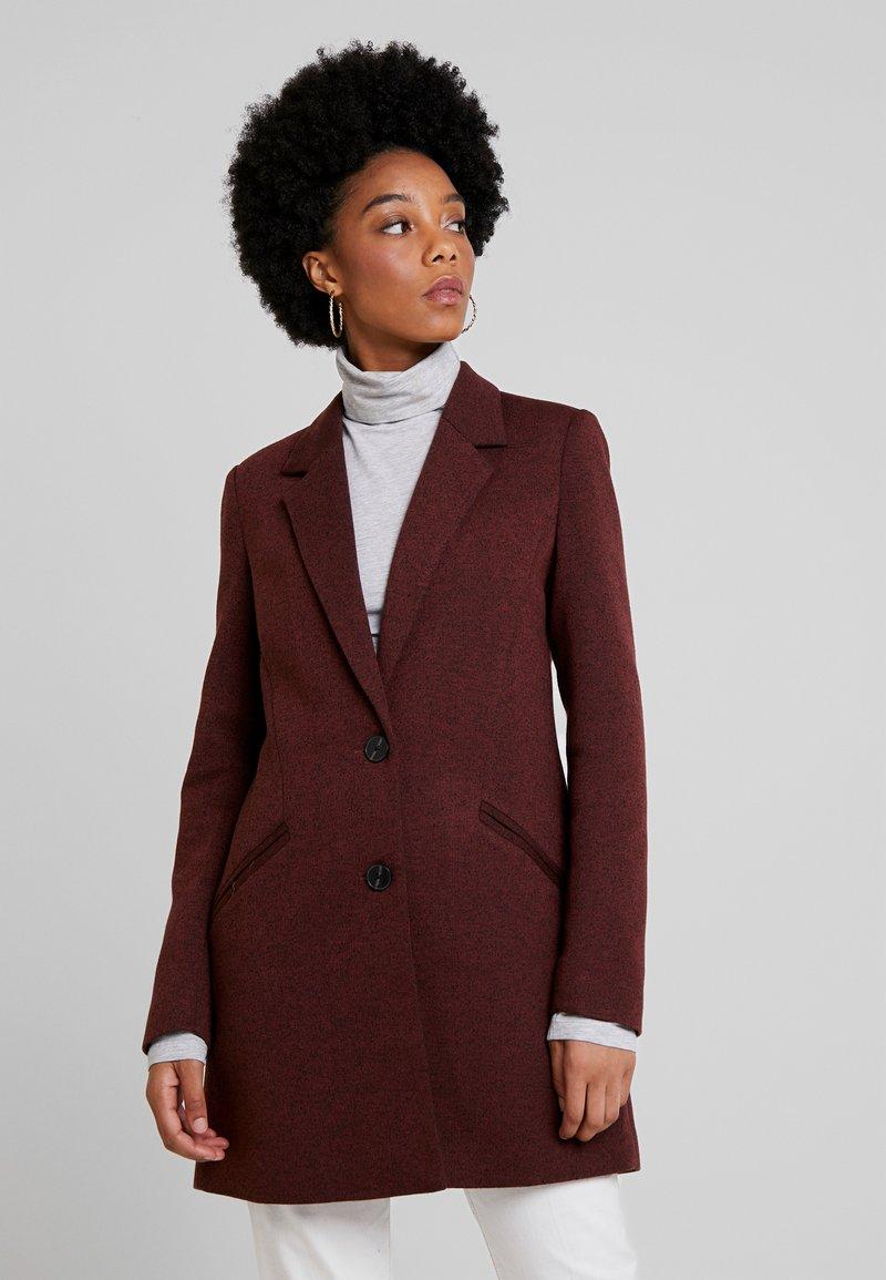 Vero Moda - VMVERODONAJACKIE  - Short coat - madder brown