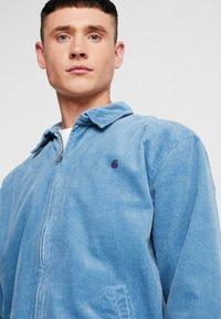 Carhartt WIP - MADISON JACKET - Lett jakke - cold blue/dark navy rinsed - 4