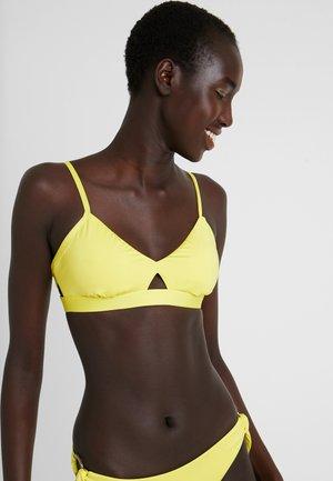 ACTIVE HYBRID BRALETTE - Bikini top - lime light