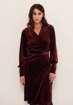 VANILLA - Jersey dress - winetasting