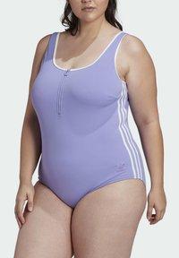 adidas Originals - ADICOLOR CLASSICS PRIMEBLUE BADEANZUG – GROSSE GRÖSSEN - Swimsuit - purple - 2