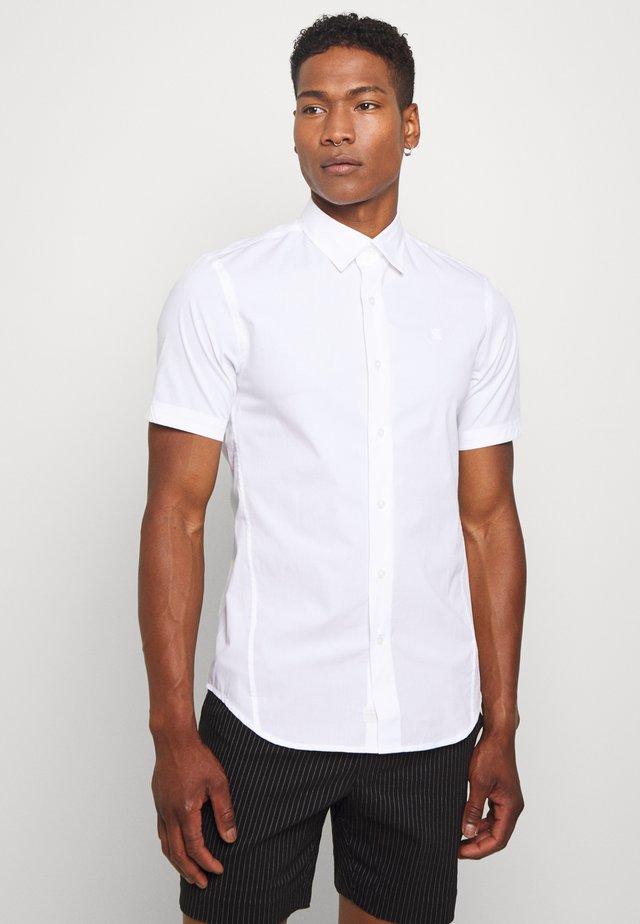 DRESSED SUPER SLIM SHIRT S\S - Koszula - white