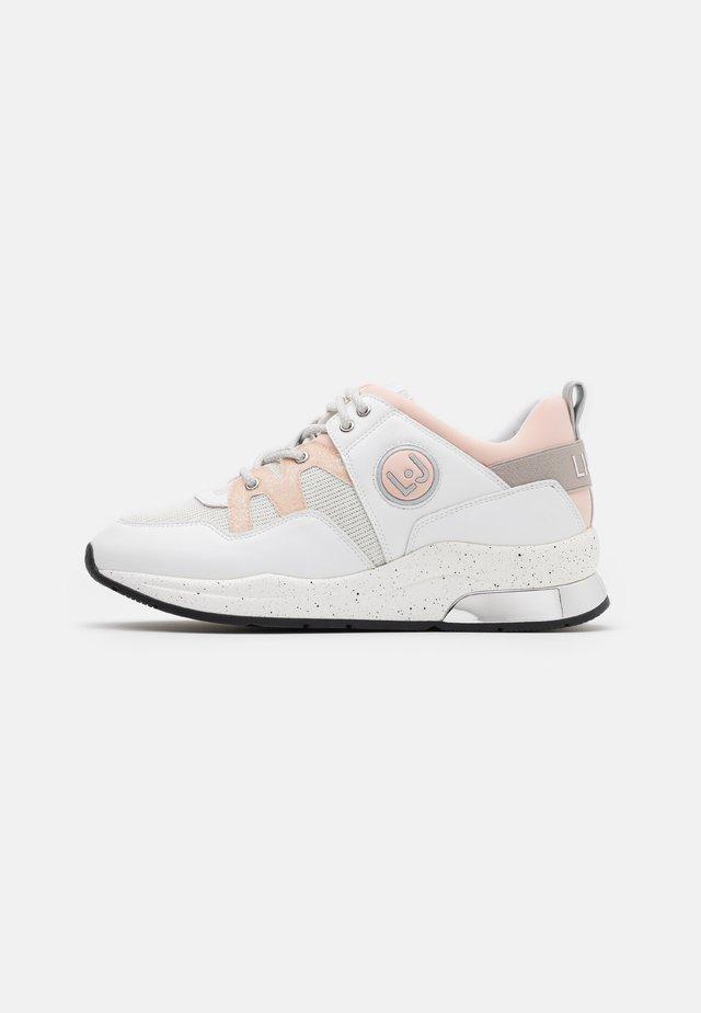 KARLIE 10 - Sneaker low - white