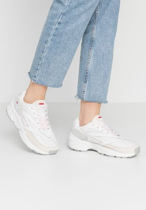 Sneakers laag - white/rosewater