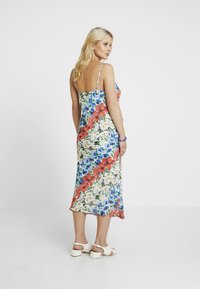 Topshop Maternity - GLITCH FLORAL DRESS - Maxi dress - multi-coloured - 3
