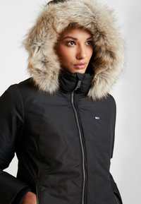 Tommy Jeans - HOODED JACKET - Down jacket - black - 3