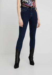 Diesel - SLANDY ZIP - Jeans Skinny Fit - indigo - 0
