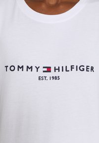 Tommy Hilfiger - T-shirts print - white - 5